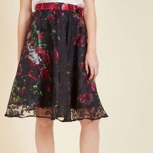 NWOT Modcloth Secret Garden Skirt - XL